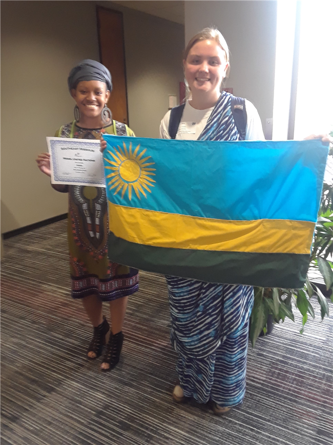 NMCC Students Received Awards At Model UN